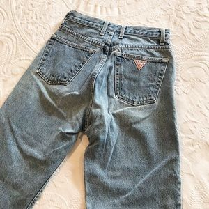 Vintage | Guess 90's High Waisted Rise Mom Jeans